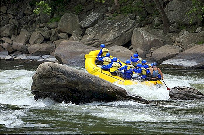 Rafting in acque bianche nella Virginia Occidentale